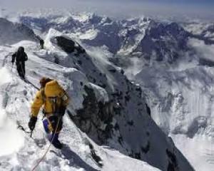 L'ascension de l'Everest reprendra rapidement
